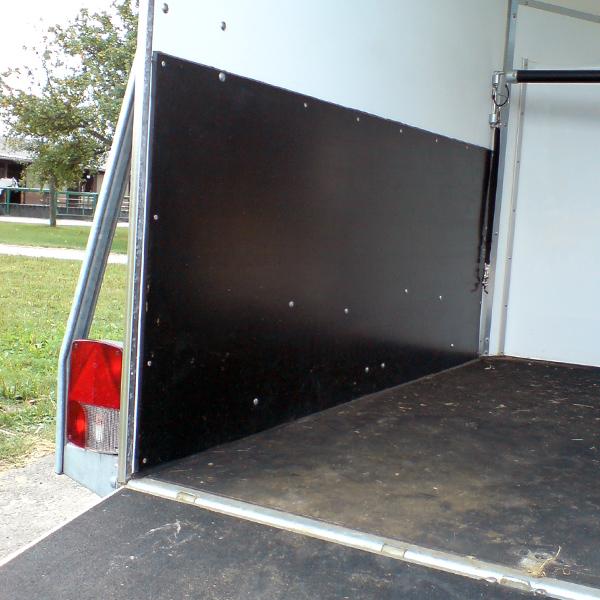 Pferdeanhänger Seitenwandschutz60cm Höhe x 3m LängeStärke 4mm Gummi